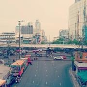 タイのバンコクで仕入れ、バイヤー体験♪服・雑貨・アクセサリーが激安な件!