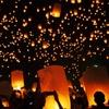 """【2016年は緊急中止となりました】コムローイ祭り タイで絶景のランタンを観たい!""""塔の上のラプンツェル """""""