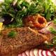 赤パプリカと茄子のペースト、燻製鱒とゆで卵とミントと赤玉ねぎとアインコルンのサラダ