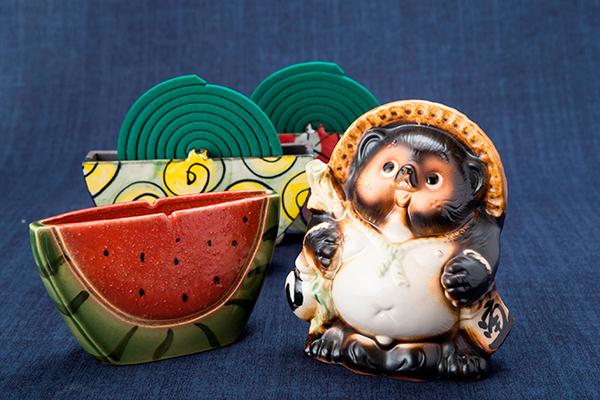 滋賀の伝統的工芸品「信楽焼」を原宿のシンボル「もしもしボックス」で販売!