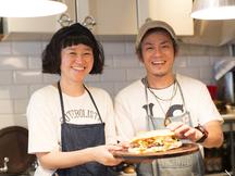 代々木上原の夫婦は世界一周した末にアルゼンチンソウルフード「チョリパン」の店を営んだ|夫婦で営む小さな店