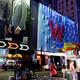 タイムズスクエアのど真ん中のホテルに泊まる。「W ニューヨーク タイムズスクエア」(W New York - Times Square)。