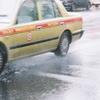タクシードライバーは客が多いとサボる?