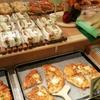 ザクザク食感のメロンパンに感動! JR帯広駅構内の「トラントランますや」でパンをいっぱい食べました。