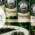 단풍 식물의 로즈마리 요리에 사용됩니다.