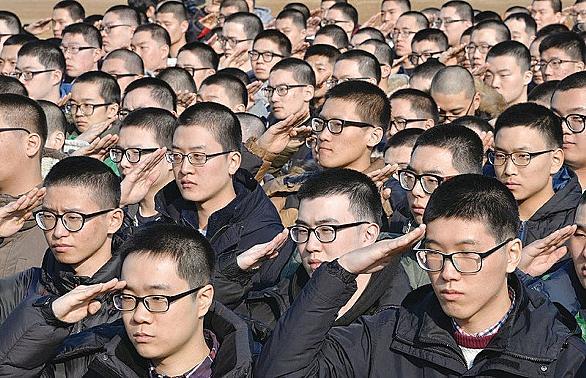 軍 お笑い 韓国
