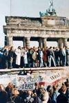 【社説】2020年10月19日:デジタル教科書の活用へ制度改正を/統一30年ドイツと絆を太く