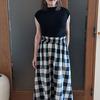 チェックのフレアスカートは少女時代からの憧れ|シニアでも大人可愛い着こなしはできる?