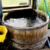 【湧水】戸赤の山桜の里で、世界に一つだけのお菓子鉢を手作りしよう。水車式木工工房と湧水と。県道346号戸赤線。会津下郷町