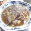 幸運な病のレシピ( 1940 )朝:白子入り生ニシン煮つけ、鮭、手羽先醤油漬け、豚生姜焼き、味噌汁、マユのご飯