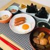 豚汁におにぎりにシャウエッセンで最強の朝ご飯 @家ごはん