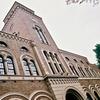 広角の一橋大学図書館