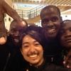 路上生活に虐待に、どん底のスラムの若者は何故、笑顔なのか? - ケニア・ナイロビのキベラスラム。若者たちの希望の「循環」
