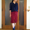 スカートとショートブーツの間には何を履く?