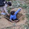 なんで、男の子は穴を掘るのが好きなんやろう?