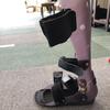 右片麻痺のまみさん(仮名)と靴  ~短下肢装具用の靴は少ない!~