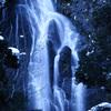 神庭の滝に雪が降った