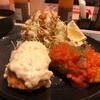 松のや新商品トマトソースとタルタルソースたっぷりの『カニ風味コロッケ定食』これってもしかして中濃ソースが正解じゃね!?