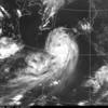 オーロラと見紛う雲の渦の果て秋立つ明日の風に乗りたし