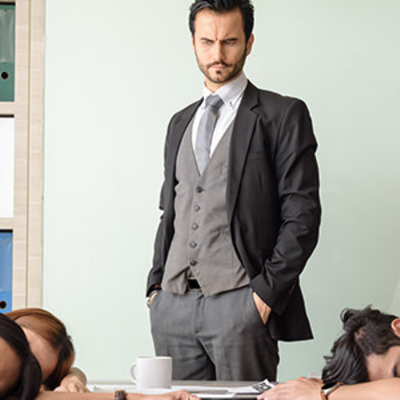 仕事中に眠い原因は?睡眠時間を30分増やすせば集中力アップ