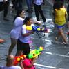 ソンクラーン タイの水かけ祭り @バンコク