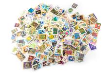 【消費税増税】郵便料金の変更点は?意外に知らない切手の活用術もご紹介!