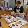 芸術的な行い  Künstlerisches Essen für Frau Wirth