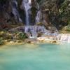 エメラルドグリーンの絶景【クアンシーの滝】へ