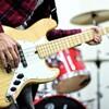 バンド初心者でも演奏できるベースラインがかっこいいおすすめ練習曲6選【女性ボーカル編】