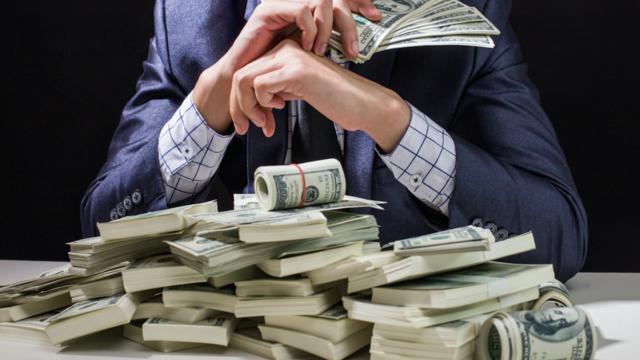 富裕層の資産運用は債券が中心?プロが教える富裕層の資産運用の特徴