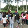 小学生の牧場見学 (生産)