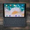iPad ProのソフトウェアキーボードからUSBキーボードに変えたら10,000倍快適だ