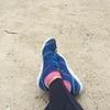 ワラーチとVFFってどちらがより素足感覚なのかについての考察。「靴ハカセ・お方さまの足まわり講座」
