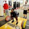 筋力を最大化するためのトレーニング(神経筋系は、断面積、筋原線維の数、筋量、運動単位の動員を増大させ、運動能力を改善同期性を高めることにより適応する)