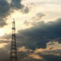 夕焼けで神格化された送電塔を堪能する【フォト雑記】