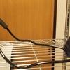 読書スタイル:首掛け式スタンドを使用する