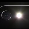 iPhoneのカメラレンズ部分は、本体から出っぱっていてなんの問題ないワケ