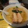 淡路町【塩生姜らー麺専門店 MANNISH】塩生姜らー麺 ¥850+大盛 ¥100