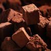 【医学】チョコレートを食べると鼻血が出るってほんとなの? 医学的理由や都市伝説まとめ。