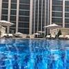 セントレジスマカオのプールでリゾート気分を満喫!