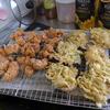 幸運な病のレシピ( 1847 )昼:鶏の唐揚げ、タマネギとキャベツのかき揚げ、小松菜うどん