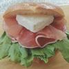 ベーグルサンド*生ハム&クリームチーズ。