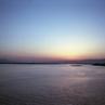 写ルンですで撮る、夕暮れの空と光