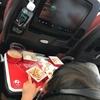 【子連れハワイ旅行】4歳の娘 「機内での過ごし方」と「持っててよかったもの」