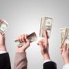 【保存版】年収1,000万円/年収2,000万円になるには?年収が高い企業の条件・年収が決まるメカニズム ~業界別の初任給/30歳/40歳時点の年収比較~