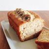 バター不使用でも超濃厚、混ぜるだけ簡単しっとりバナナケーキ