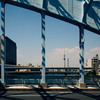 永代橋から東京スカイツリーを望む