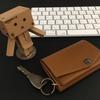 【abrAsus 小さい財布】ミニマリストの必需品、アブラサスの小さい財布をレビューしてみる