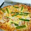 冷凍ストックのスモークチキンはアスパラとピザにしました!