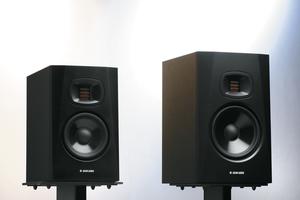 ADAM AUDIO T5V / T7V 〜ペア10万円以下!サイズで比べるビギナー向けモニター・スピーカー